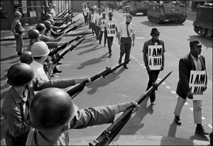 I-am-a-man-guns-tanks-Memphis-1968