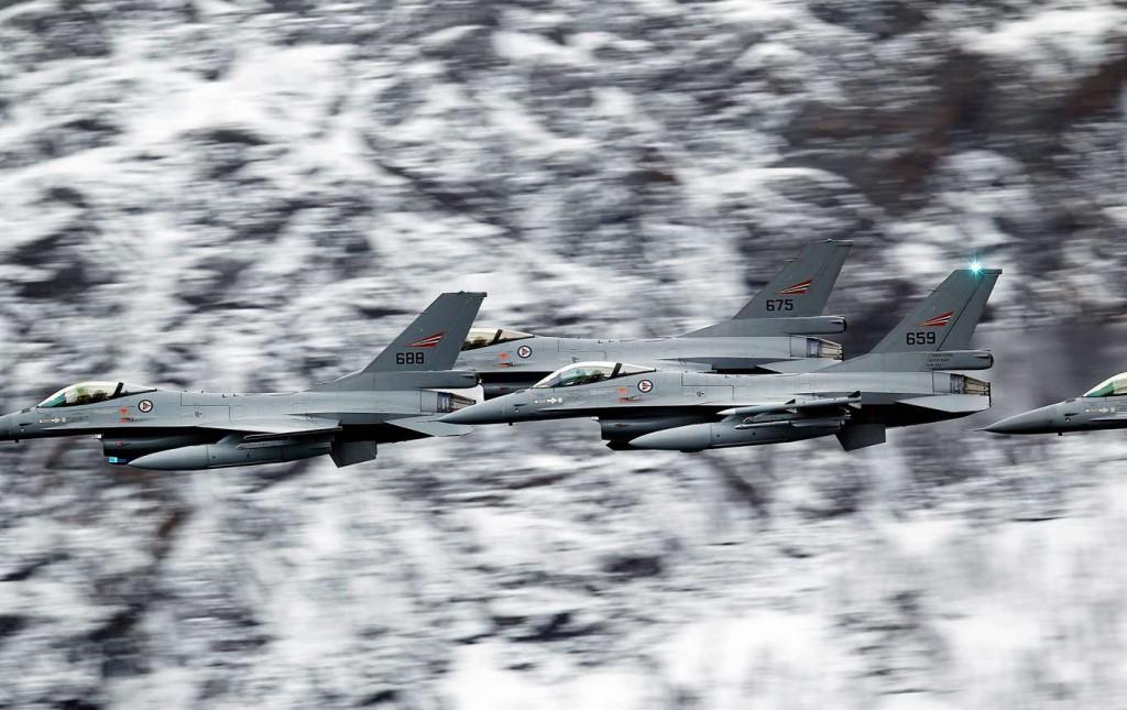 Natoflyg