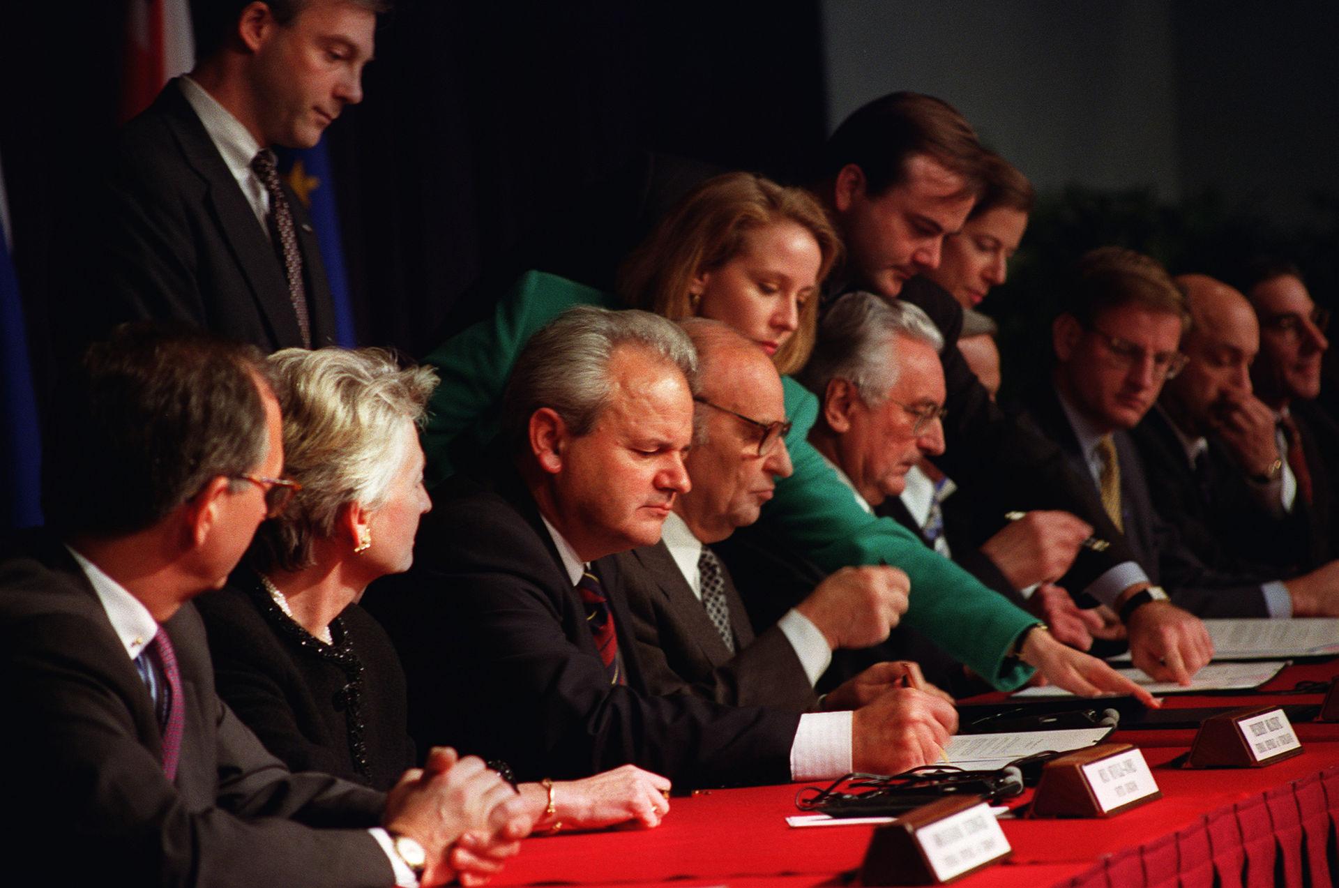 Kriget i jugoslavien balkan sondag 3