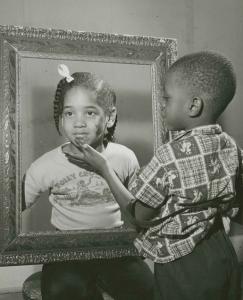 Två svarta barn